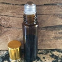 ESSENTIAL OILS IN READY-TO-USE ROLL ONs