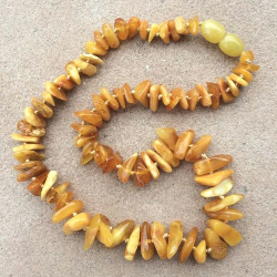 "<u>SALE! Kids 11.5 to 14""<br>Large Polished Chips Baltic Amber Necklace</u>"
