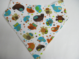 SALE! Retro Owl knit - Bandana Bib