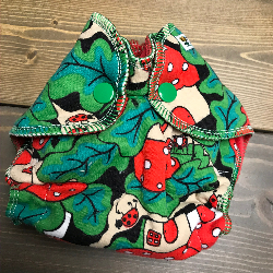Ladybug House /w red cotton velour - newborn