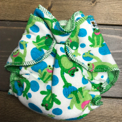 Frogs /w green organic bamboo velour - newborn
