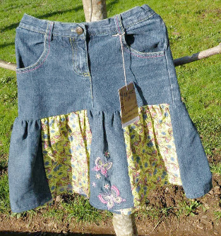 Girls Patchy Spinner Skirt Play Skirt, size 5-6 Green, Butterfly, Denim,
