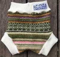 Medium Green and Pink Patterned Recycled Wool Soaker