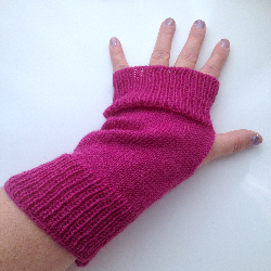 Fuchsia Wool Knit Arm Warmers Fingerless Gloves