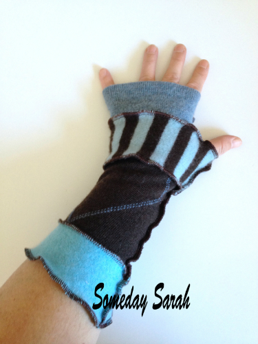 Blue Patterned Recycled Wool Arm Warmers Fingerless Gloves