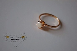 Gold solitaire ring (enamored collection)