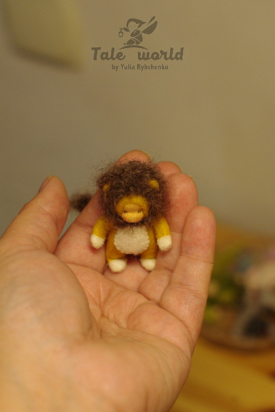 Tiny Lion baby doll 2 inch