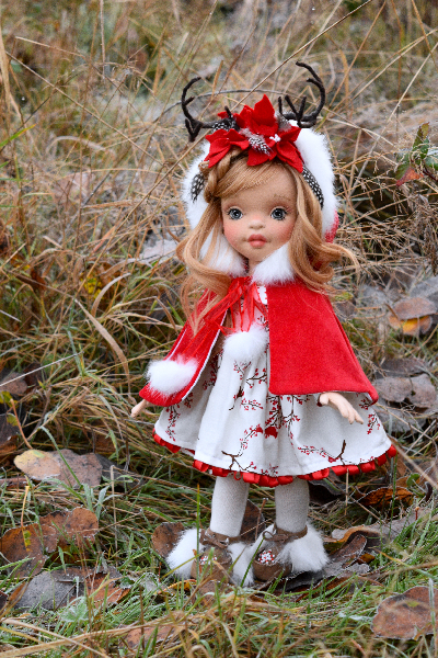 """Noelle"" a 16.5 inch, OOAK, Natural Fiber Art Doll"