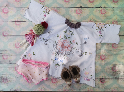 "Pyjama set for 16"" to 18"" doll"